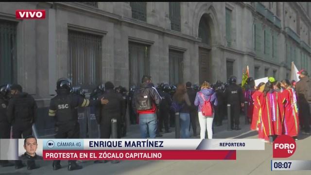 manifestantes protestan en el zocalo capitalino 4 marzo