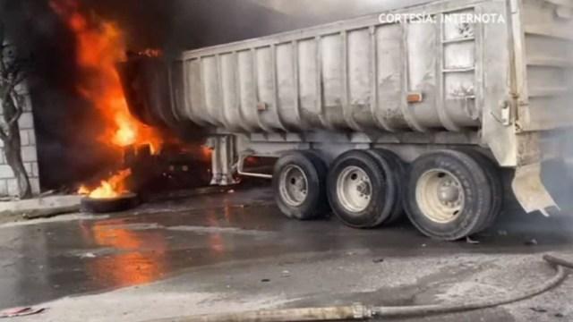 Mueren ocho y siete resultan heridos tras tres accidentes carreteros en Nuevo León