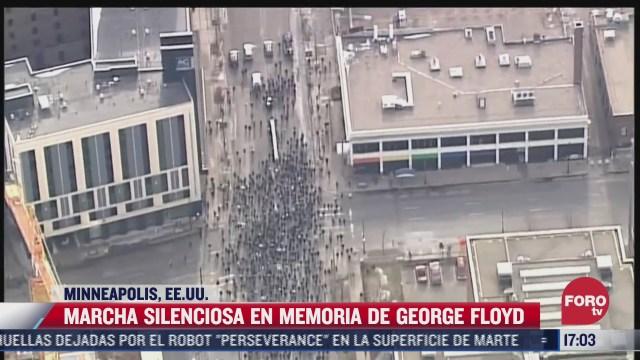 realizan marcha silenciosa en memoria de george floyd en minneapolis eeuu