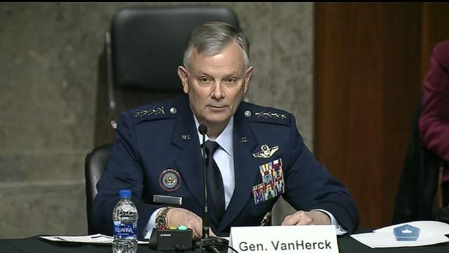 El general Glen VanHerk, jefe del Comando Norte de los Estados Unidos
