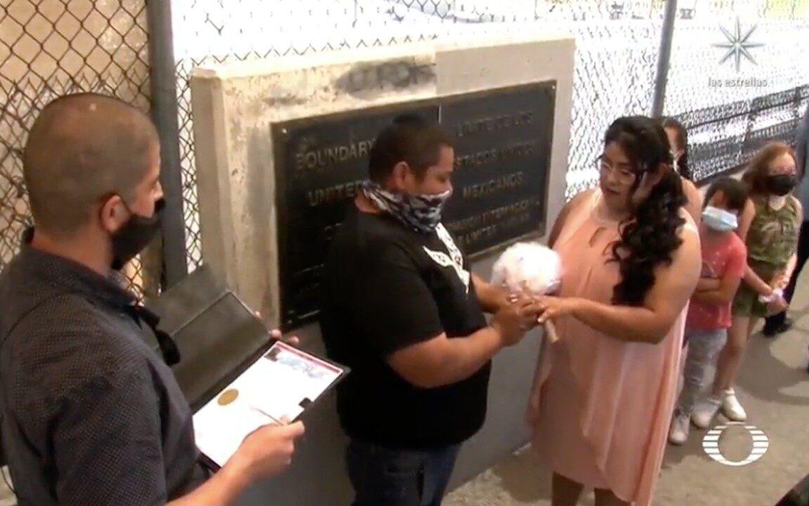 Aumentan las bodas y cantos de Las Mañanitas en la frontera México-EEUU