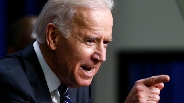 Biden busca frenar la proliferación de armas de fabricación casera en EEUU