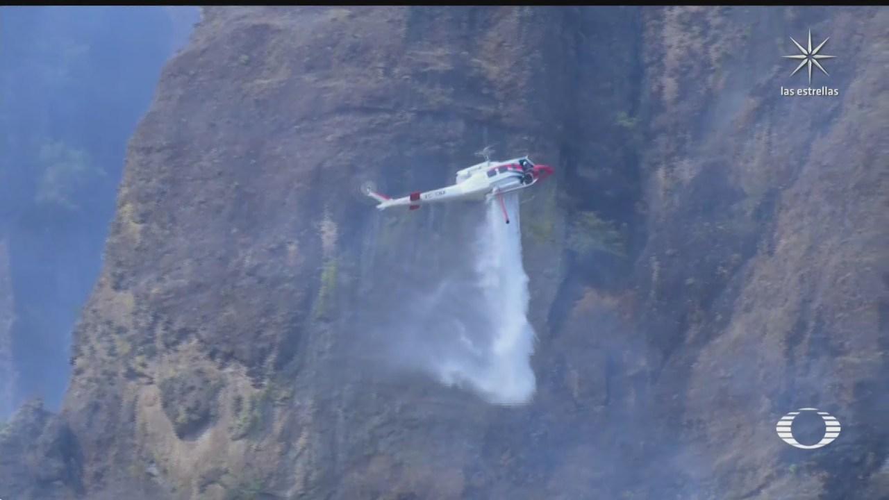 brigadistas combaten incendio en el parque nacional el tepozteco