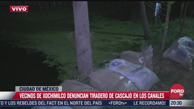 denuncian tiradero de cascajo en canales de xochimilco