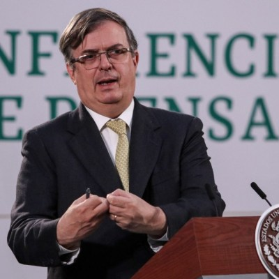 México buscará vacunas COVID desarrolladas en América Latina: Ebrard