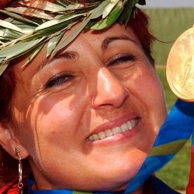Muere por COVID la húngara Diána Igaly, campeona olímpica de tiro en 2004