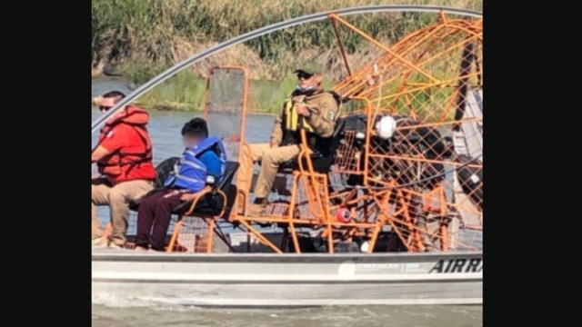 Rescatan-a-dos-niños-abandonados-en-el-Río-Bravo