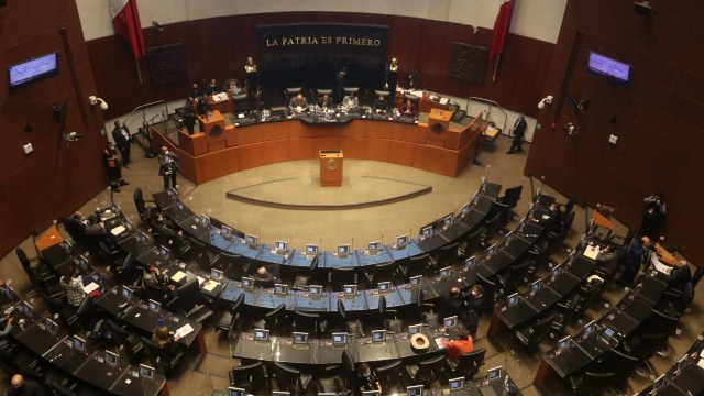 Senado-aprueba-eliminación-de-regulación-en-ventas-de-Pemex