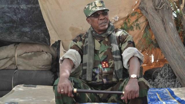 Tras muerte del presidente de Chad, su hijo presidirá el Consejo de Transición Militar