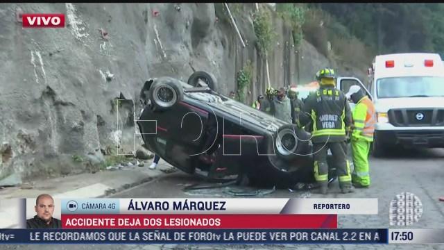 volcadura en la mexico toluca deja dos lesionados