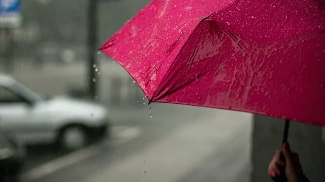Canales de baja presión provocarán fuertes lluvias en varias regiones de México