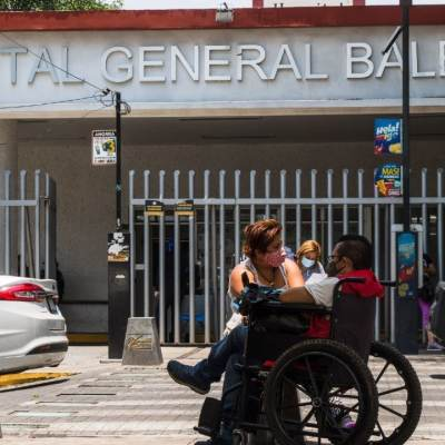 Continúan 16 personas hospitalizadas tras desplome de trabe en Línea 12