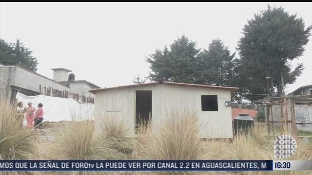 jovenes apoyan a su comunidad con la construccion de casas en tlalpan