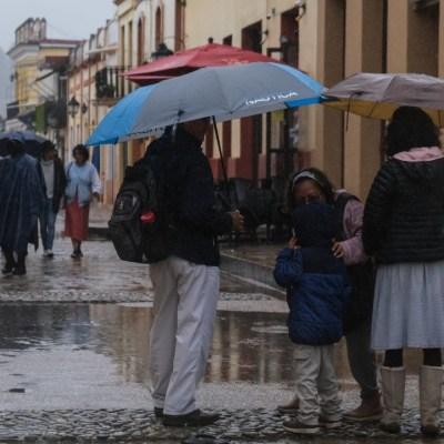 Prevalecerán lluvias puntuales muy fuertes en zonas de Chiapas y Oaxaca