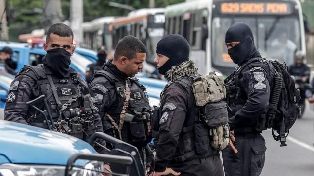 Suman 28 muertos tras operativo en favela de Río de Janeiro
