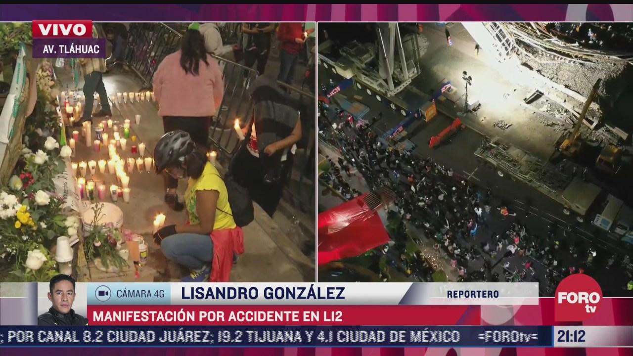 vecinos y ciclistas alimentan memorial tras accidente en linea 12 del metro