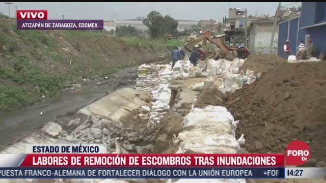 continuan labores de remocion de escombros tras lluvias en atizapan