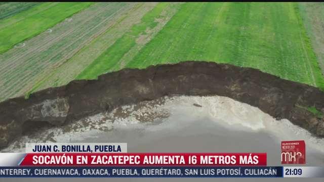 Caen perros en socavón de Puebla; analizan posible rescate