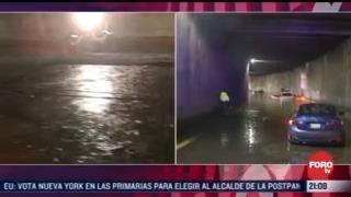 continuan vehiculos varados en periferico norte tras las fuertes lluvias