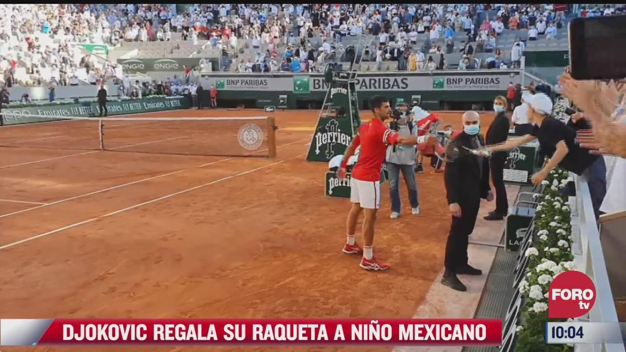 djokovic le regala su raqueta a nino mexicano