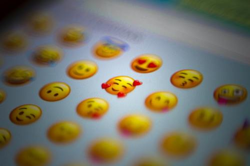 WhatsApp: ¿Cómo enviar emojis gigantes con Gboard?
