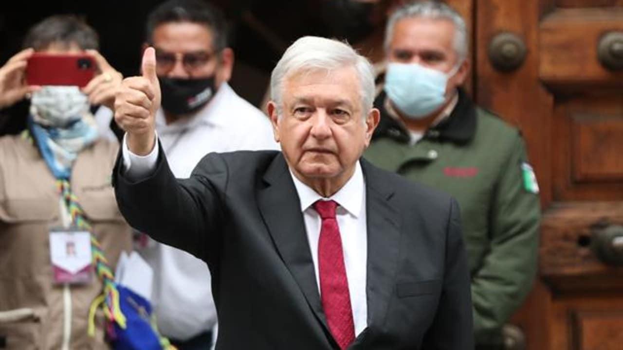 El presidente López Obrador acudió a votar cerca de Palacio Nacional