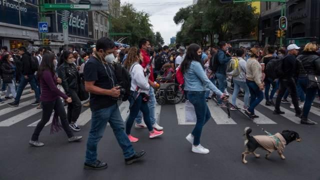 México acumula 231 mil 151 muertes por COVID-19 ante un repunte de casos