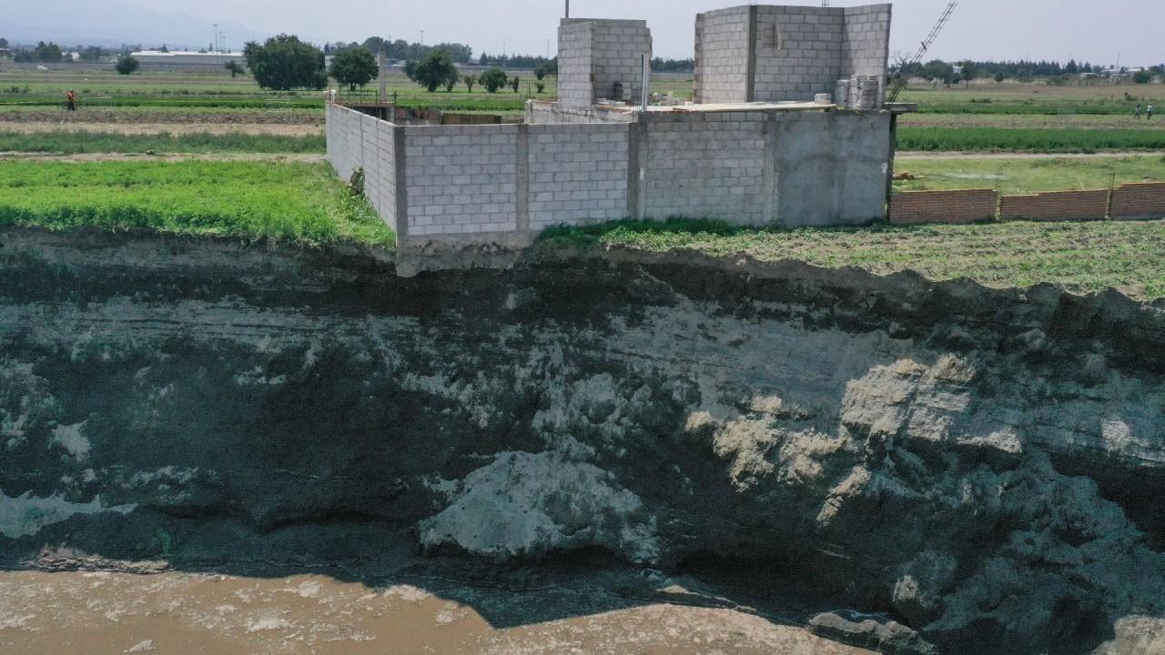 ¿Por qué se formó el mega socavón en Puebla?, expertos explican