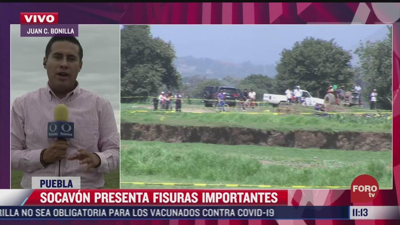 socavon en zacatepec presenta fisuras importantes