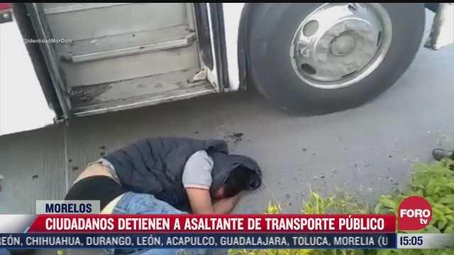 ciudadanos golpean a asaltante de transporte publico