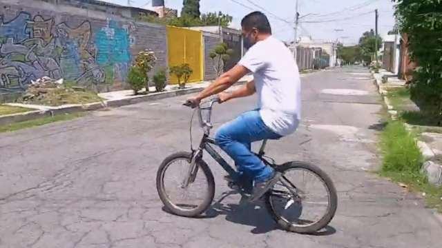 Donan bicicletas a los afectados por colapso en la Línea 12 de Metro CDMX