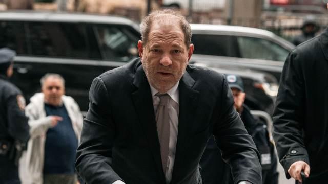 Harvey Weinstein se declara inocente de acusaciones de agresión sexual y violación en Los Ángeles
