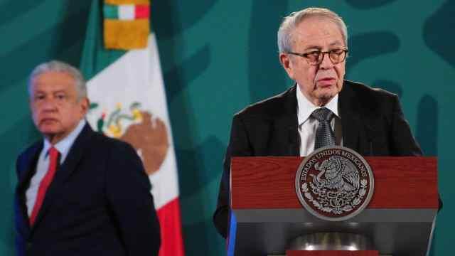 Jorge Alcocer en la conferencia de prensa del presidente López Obrador