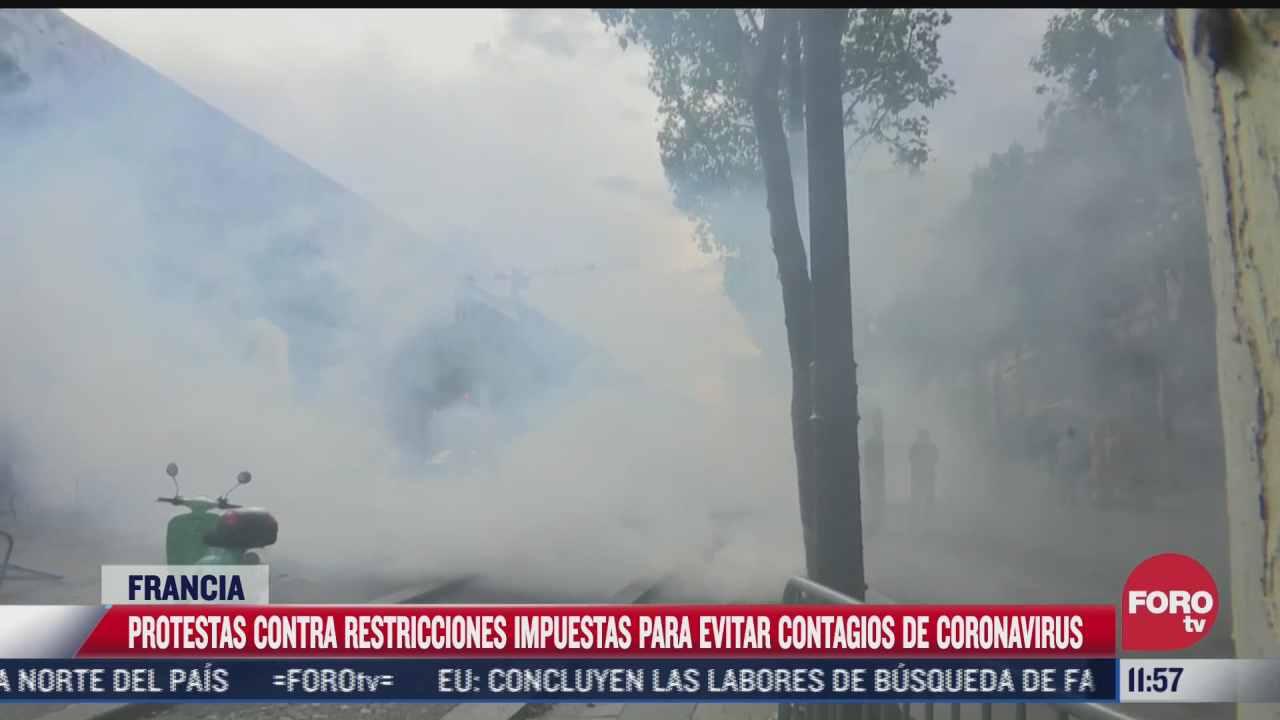miles protestan contra certificado de vacunacion en francia