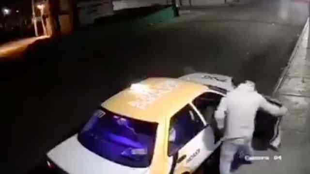 Taxista somete a una mujer en Pachuca, Hidalgo (FOROtv)