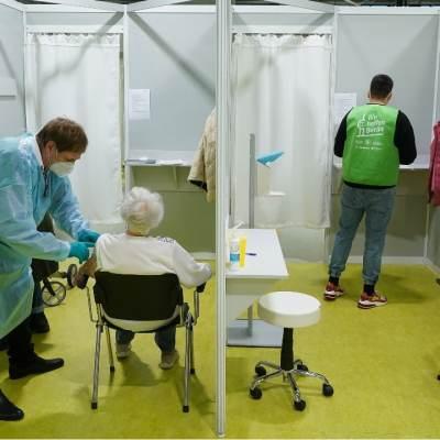 Alemania aplicará vacunas COVID de refuerzo con tecnología ARN mensajero