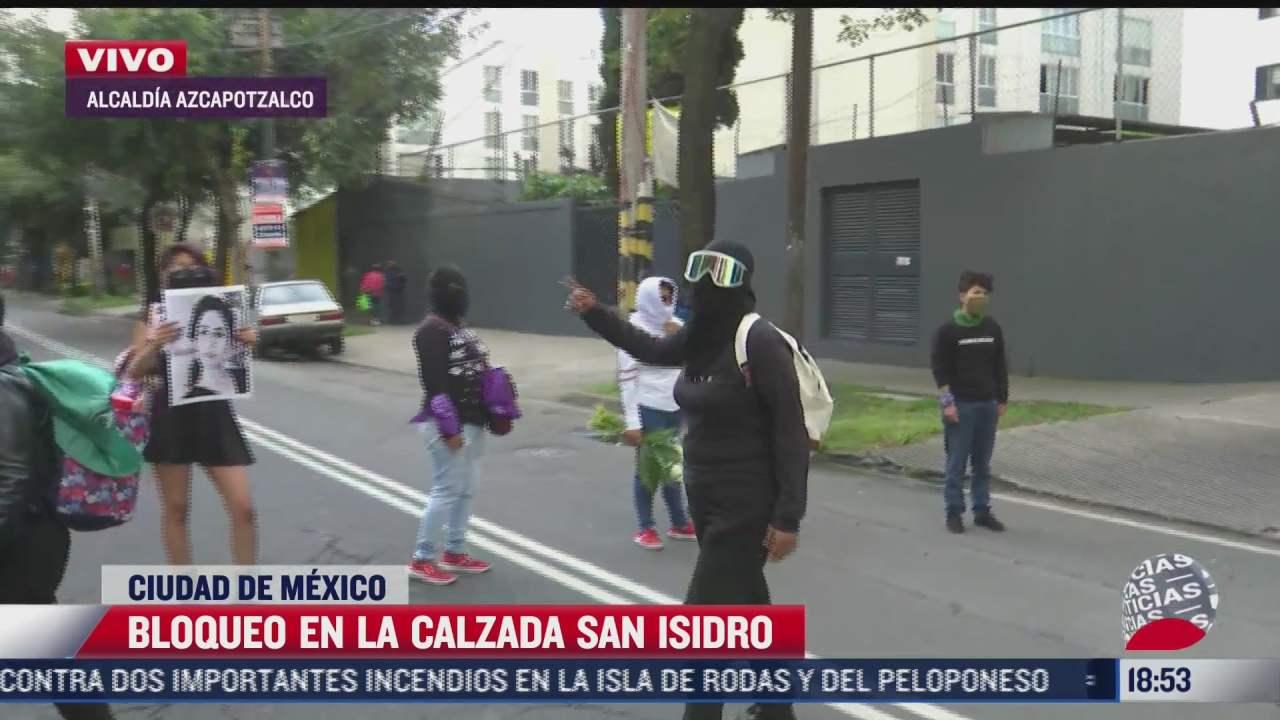 feministas bloquean calzada san isidro cdmx
