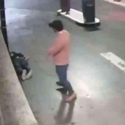 Golpean a hijo de exsecretario de SEDESOL en plaza comercial de Cuajimalpa; FGJCDMX investiga. (Foto: Captura de pantalla, video Twitter).