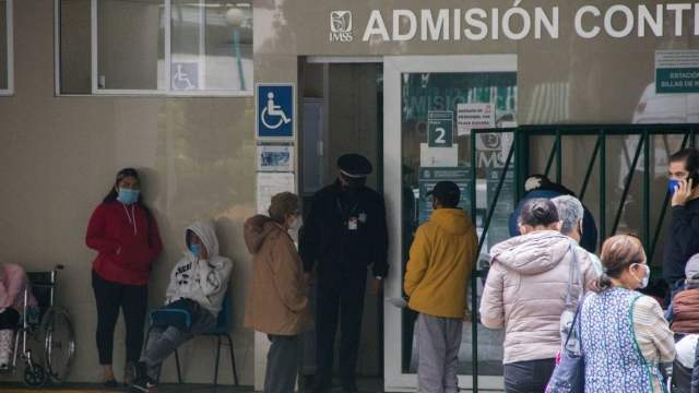 López-Gatell anuncia reconversión hospitalaria por tercera ola de COVID-19