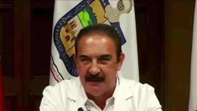 """""""Les vale gorro la pandemia"""" regaña secretario de salud de NL a habitantes ante aumento de COVID-19"""