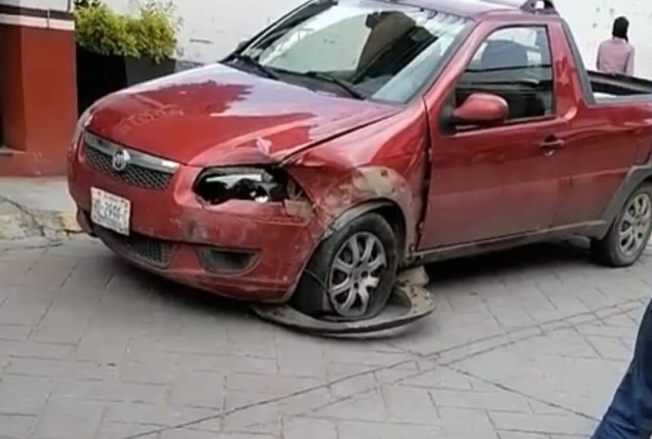 El paciente chocó contra otros automóviles.