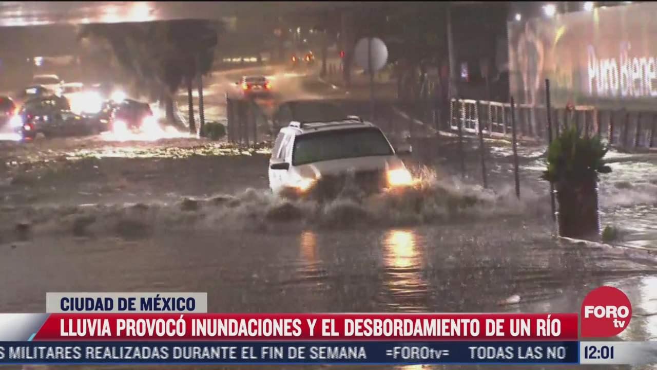 calles inundadas y vehiculos flotando el saldo de las fuertes lluvias en cdmx