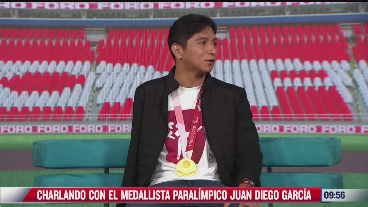 charlando con el medallista paralimpico juan diego garcia