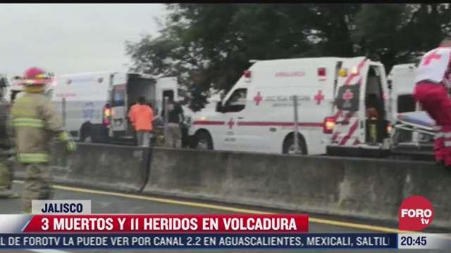 deja 3 muertos y 11 heridos accidente carretero en jalisco
