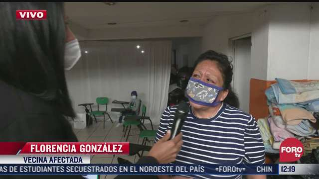 entre lagrimas mujer pide ayuda a autoridades tras derrumbe del chiquihuite