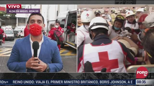 paramedicos de la cruz roja homenajean a las victimas de los sismos de 1985 y