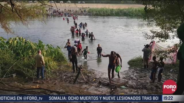 procesan a migrantes de campamentos en estados unidos