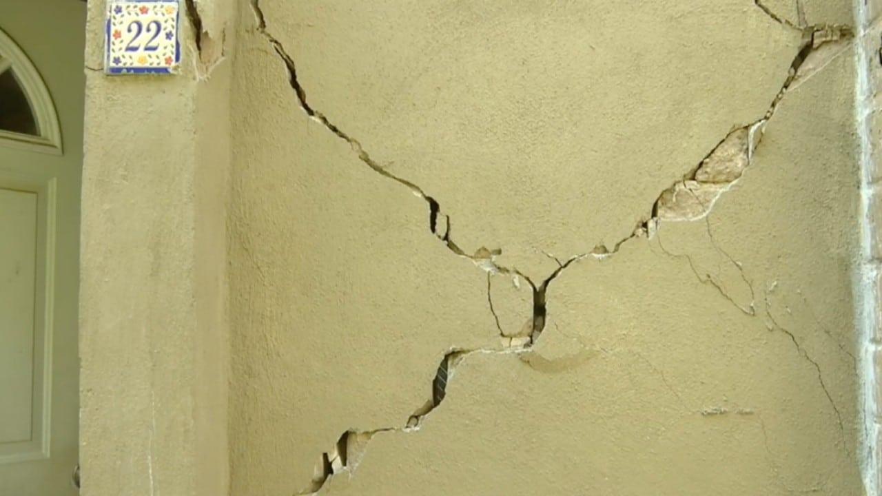 Sismo dañó cientos de viviendas en fraccionamiento de Acapulco, empresa encargada del desarrollo niega daño estructural