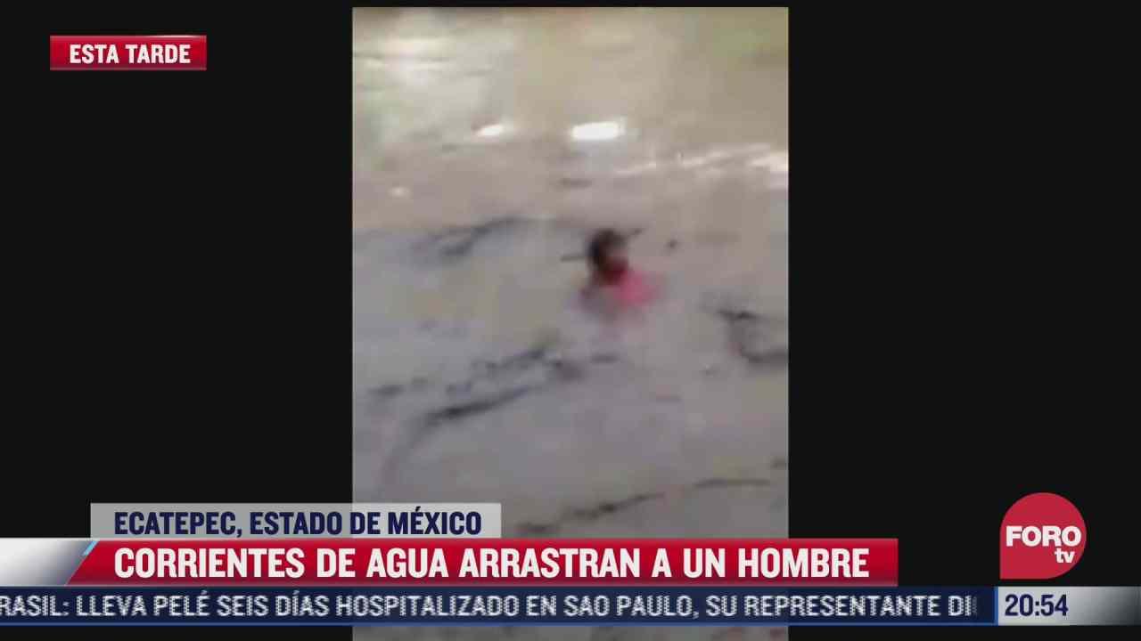 video corriente de agua arrastra a un hombre en ecatepec