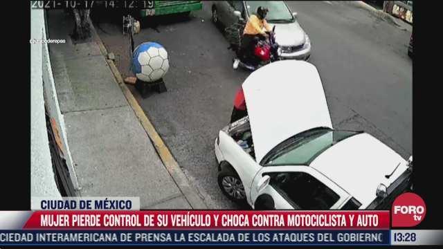 automovilista perdio el control de su auto y atropello a motociclista